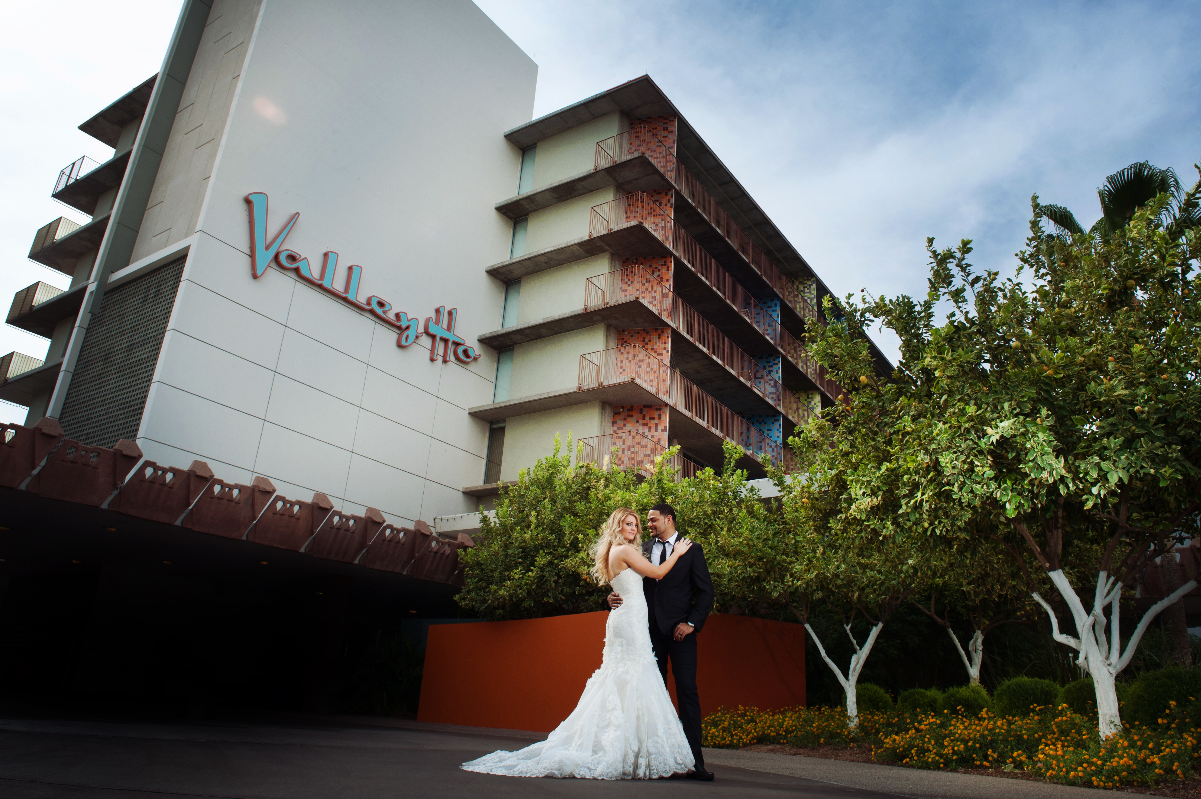 Cami & Will | Hotel Valley Ho Photos| R2 Vogue Session